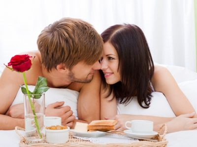 5 cosas que suelen hacer las parejas enamoradas