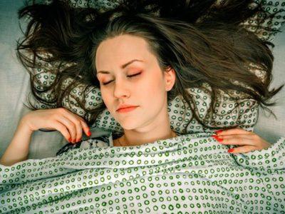 Parálisis del sueño: ¿te despiertas y no puedes moverte?