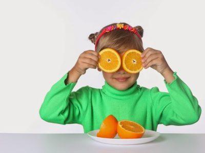 5 consejos para reforzar las defensas de los niños de manera natural