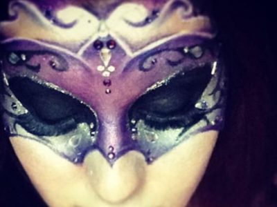 Maquillaje de máscara veneciana paso a paso, ¡prueba este Carnaval!