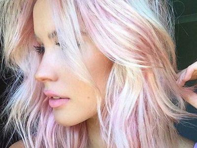 Holographic Hair, ¡el color de pelo más mágico del 2017!