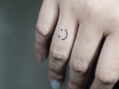 Tatuajes minimalistas mujer, sencillos y con estilo