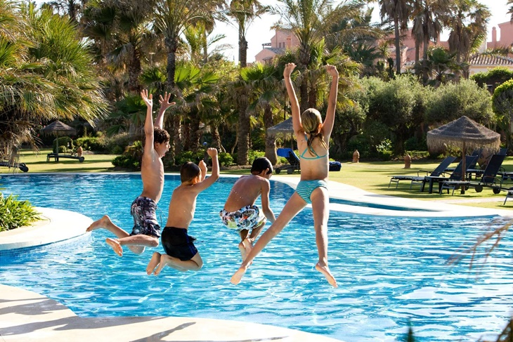 Apertura de piscinas: Consejos a tener en cuenta esta temporada