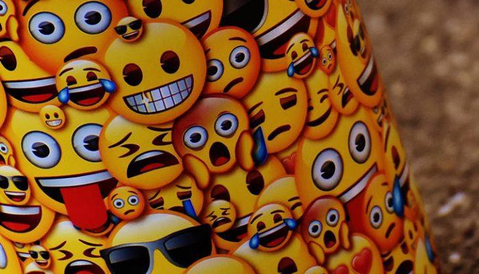 Emojis que estás usando mal, ¿qué significan en realidad?