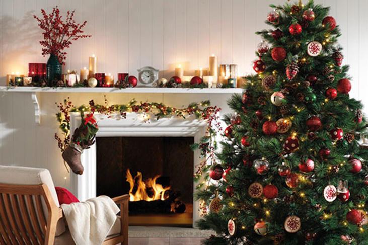 Decoraci n de chimeneas en navidad ilumina tu hogar fotos mujeralia - Adornos de chimeneas ...