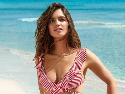 Sara Carbonero para Calzedonia, los mejores bañadores y bikinis 2018